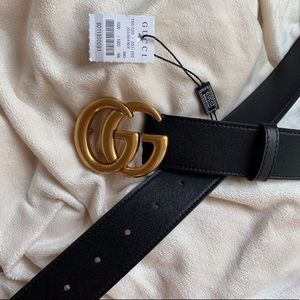 ~`Ńew Gucci Belt GG golden